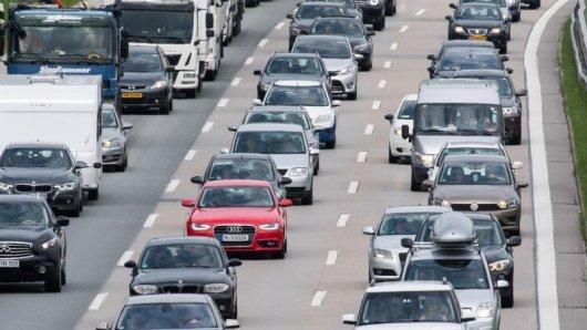 Die meisten Autos pusten schädliche Abgase in die Luft. Abgase