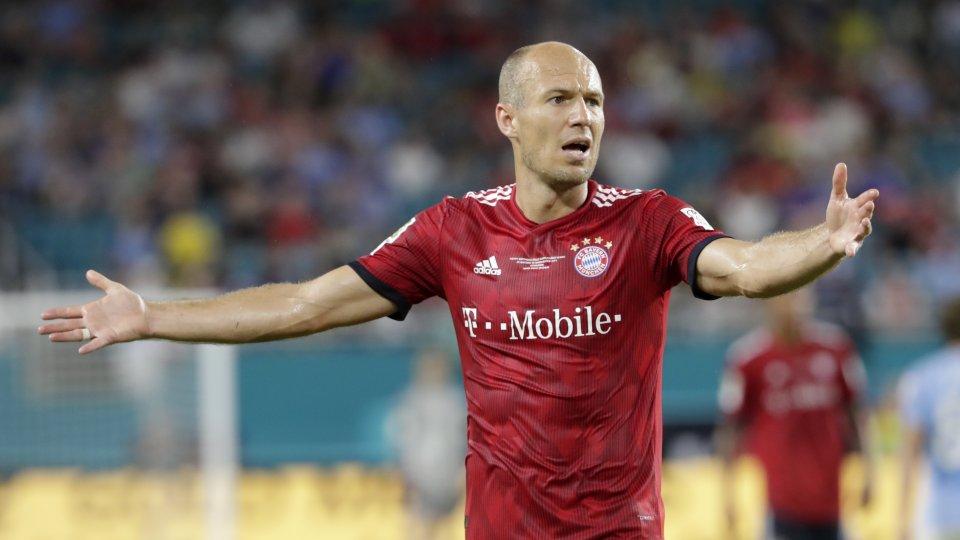 Bayern-Star Arjen Robben sieht in Borussia Dortmund einen starken Gegner.