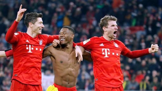 Jubelt einer bald in anderen Farben? Robert Lewandowski, David Alaba und Thomas Müller (v.l.n.r.) nach einem Bayern-Sieg.