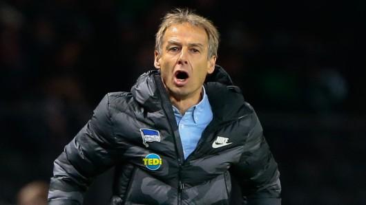Unglaubliche Bundeslig-Panne: Jürgen Klinsmann steht ohne Trainer-Lizenz da.