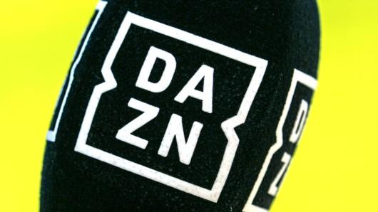 Betrugsvorwürfe gegen Werner Hansch, der am Freitag für DAZN das BVB-Spiel kommentiert.