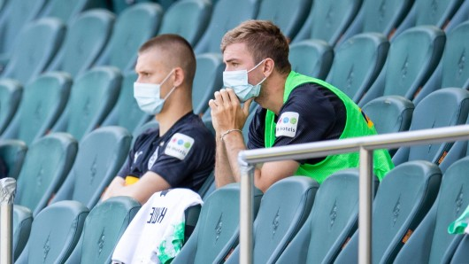 Die Bundesliga fährt einige Hygiene-Regeln deutlich zurück.