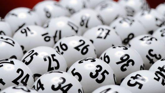 Die Ratgeberzentrale gibt Tipps, worauf Sie beim online spielen von Lotto, Eurojackpot und Co. achten sollten.