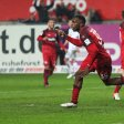 KAISERSLAUTERN, GERMANY - OCTOBER 24:  Osayamen Osawe of Kaiserslautern celebrates his team's second goal during the Second Bundesliga match between 1. FC Kaiserslautern and VfL Bochum 1848 at Fritz-Walter-Stadion on October 24, 2016 in Kaiserslautern, Germany.  (Photo by Alex Grimm/Bongarts/Getty Images)