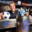 Er ist der Boss im Schalker Vereinslokal: Ronald Ronny Marcinkowski.