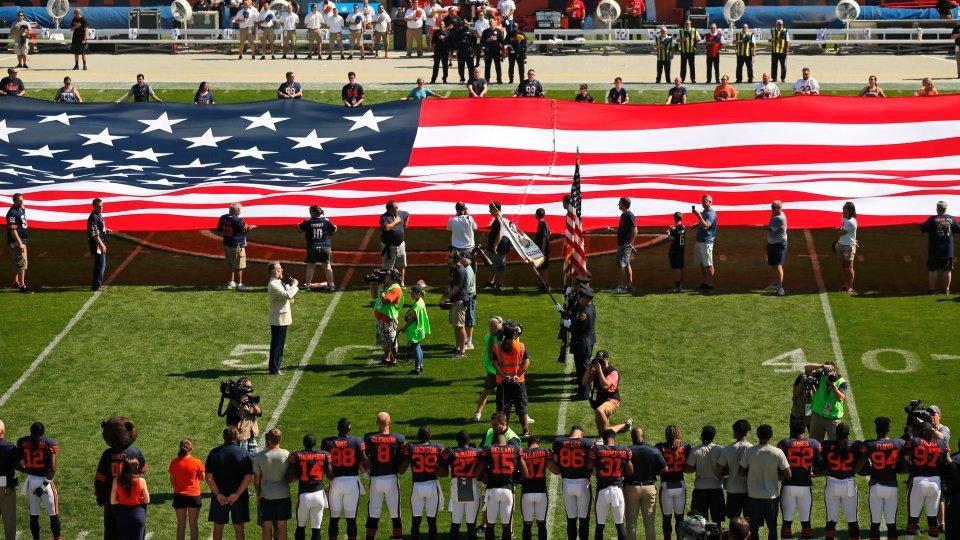 Proteste gegen Donald Trump: Seine Football-Freunde wenden sich ab ...