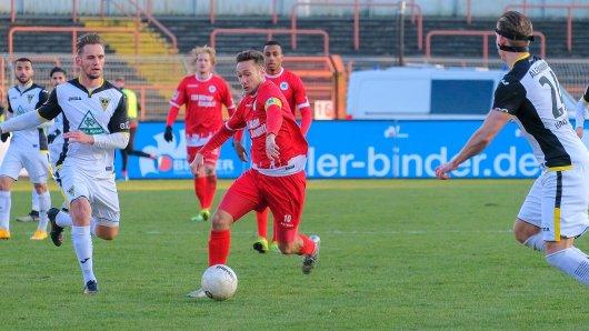 Fußball Regionalliga: RWO - Alemannia Aachen am Samstag, 24.02.2018 in Oberhausen. Im Bild: Foto: Christoph Wojtyczka / Funke Foto Services