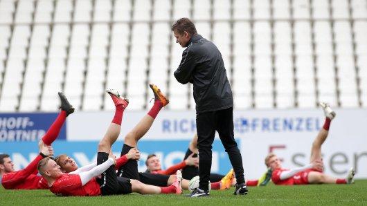 Erstes Training im Stadion Essen mit dem neuen Coach Karsten Neitzel.