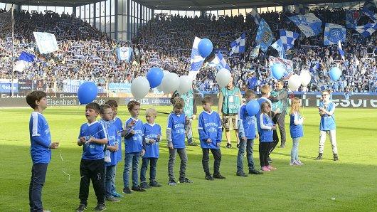 Auf ein volles Stadion im Sonnenschein hofft der VfL Bochum auch am Sonntag, wenn das letzte Heimspiel die Saison beendet.