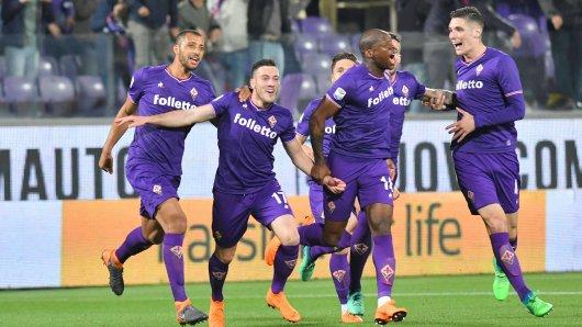 Freude beim AC Florenz: Der Klub rückt ins internationale Geschäft nach. Zum Leidwesen des MSV Duisburg, der sich  nun um einen Ersatz für das Traditionsturnier bemühen muss.