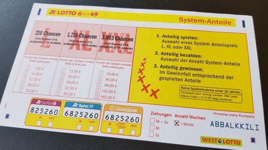 Mit einem Lotto-Systemanteilschein konnten gleich 16 Spielteilnehmer aus Nordrhein-Westfalen rund 2,5 Millionen Euro gewinnen. Die Spieleinsätze lagen je nach Anzahl der Anteile an dem Voll-System 010 (Spiel L) zwischen sieben und 35 Euro für die Teilnahme.