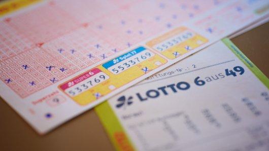 """Der 16. WestLotto-Millionär des Jahres steht fest: Ohne Superzahl wurde ein Lottospieler aus dem Raum Essen am Mittwoch (25. August) zum zweifachen Millionär. Seine Ausbeute für """"Sechs Richtige"""" liegt bei rund 2,5 Millionen Euro."""