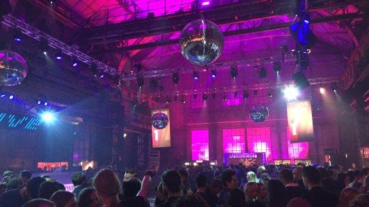 Die Afterershowparty der 1 Live Krone: Hier leuchtete alles pink.