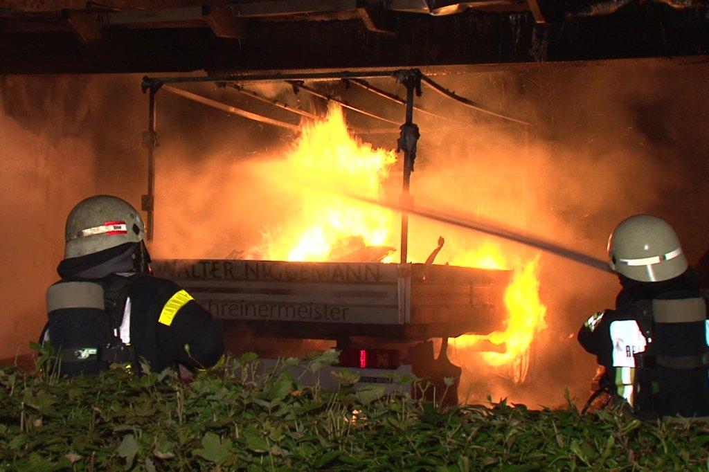 Schreiner Bochum schreiner aus bochum verletzt sich als er seinen hund aus flammen
