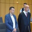 Der Angeklagte Christof S. mit Rechtsanwalt Markus Weber.