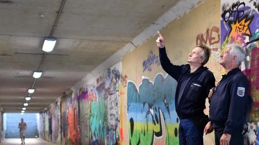 Thomas Deeters und Peter Weber kümmern sich auch um die Graffiti-Szene in Bochum.
