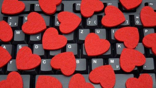 Beim Online-Dating ist Vorsicht vor Betrügern geboten. Anlässlich des Valentinstags warnt G Data vor einer besonders fiesen Masche. (Symbolfoto)