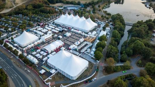 Am 17. August erscheint der renommierte Singer-Songwriter Tom Odell auf der Bühne des Zeltfestivals Ruhr in Bochum.