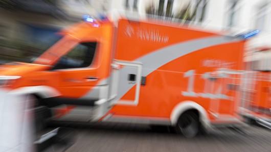 In Bochum fand die Feuerwehr bei einem Brand eine leblose Person. (Symbolfoto)
