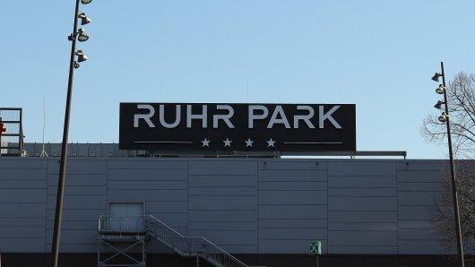 Gute Nachricht für alle Shopping-Fans: In einigen Läden im Ruhrpark Bochum kann wieder eingekauft werden! (Symbolbild)