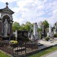 Auf dem Bottroper Friedhof wurde ein Rentner- Ehepaar am Montag dreist überfallen.