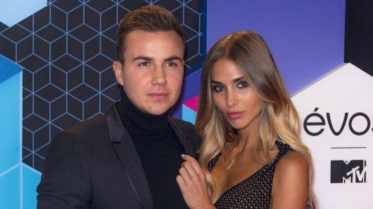 Mario Götze und seine Model-Freundin Ann-Kathrin Brömmel.