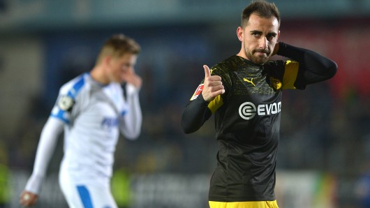 Paco Alcacer trifft bei Borussia Dortmunds Sieg bei den Sportfreunden Lotte.
