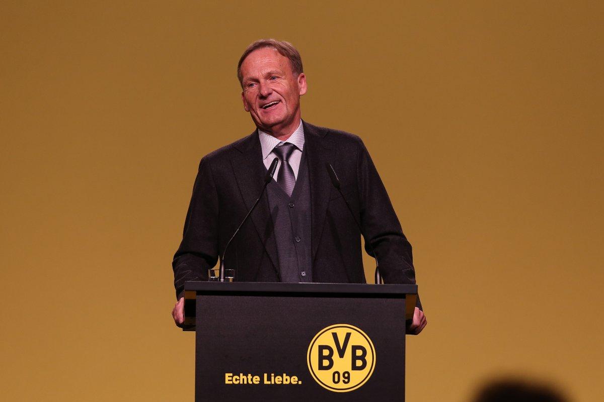 Borussia Dortmund Bvb Boss Watzke Stichelt Gegen Krisen Bayern
