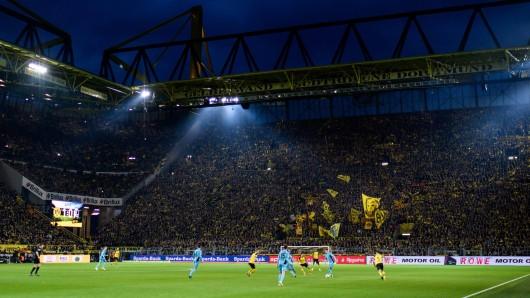 Das Westfalenstadion: Heimspielstätte von Borussia Dortmund seit 1974.