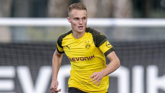 Borussia Dortmund hat Amos Pieper Richtung Arminia Bielefeld ziehen lassen.