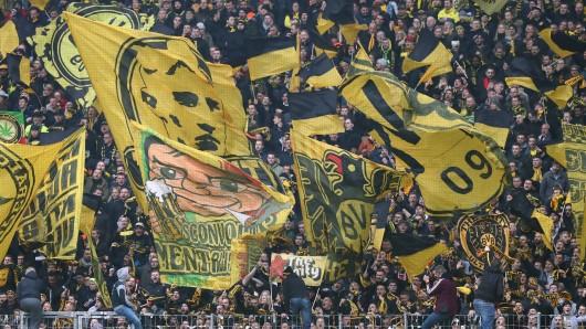 Ein Fan von Borussia Dortmund und ein Anhänger von Werder Bremen gerieten nach dem Pokal-Krimi aneinander.