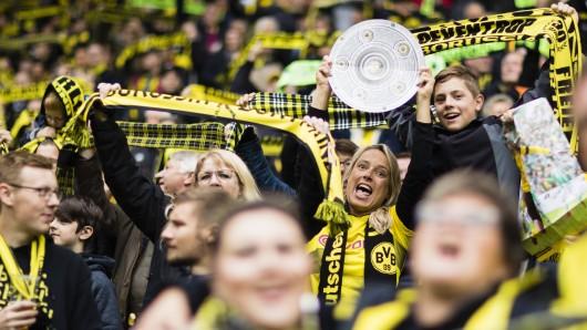 Die BVB-Fans träumen von der sechsten Deutschen Meisterschaft von Borussia Dortmund.