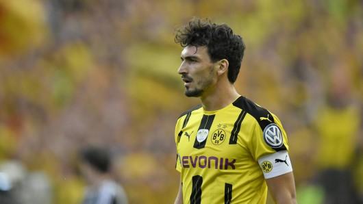 Borussia Dortmund hat zum zweiten Mal Mats Hummels vom FC Bayern verpflichtet.