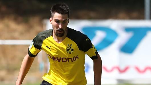 Borussia Dortmund holt Mittelfeldspieler Relu vom spanischen Zweitligisten AD Alcorcón.