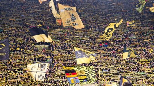Borussia Dortmund: Die Südtribüne gibt ein mächtiges Bild ab – doch die Stimmung schwindet.