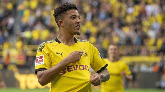 Treuebekenntnis zu Borussia Dortmund? Jadon Sanchos Torjubel beim 5:1 gegen Augsburg.
