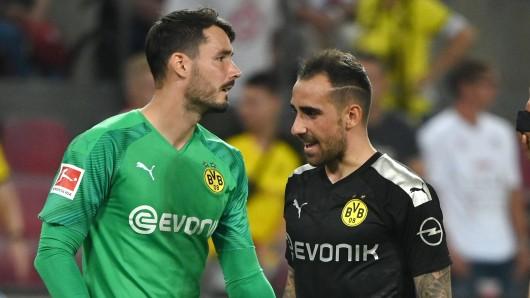 Kehrt Roman Bürki (l.) kurzfristig ins Tor von Borussia Dortmund zurück?