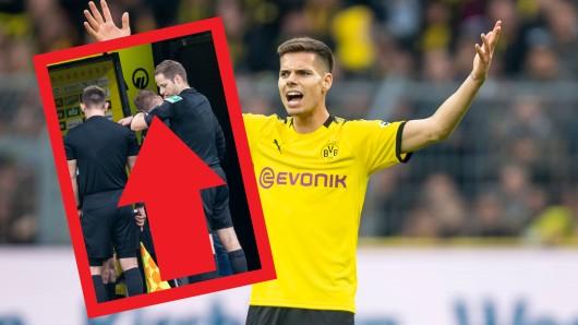 Auch Julian Weigl wunderte sich offenbar über die lange Unterbrechung beim Spiel zwischen Borussia Dortmund und dem VfL Wolfsburg. Grund für das lange Theater war die Technik der Schiris.