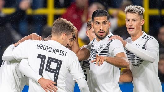 BVB und Bayern streiten sich um einen Spieler.