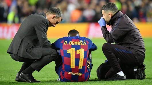 Ousmane Dembele am Boden – hier kurz nach seiner Verletzung im Spiel gegen den BVB.