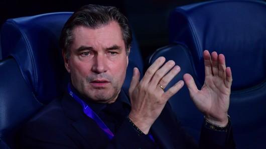 Michael Zorc ist nach der Pokalpleite von Borussia Dortmund bei Werder Bremen bedient.