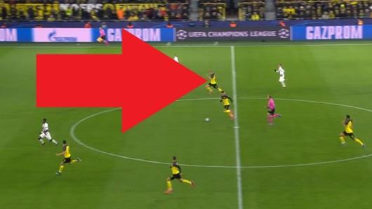 Die Fans von Borussia Dortmund feierten Erling Haaland in dieser Aktion.