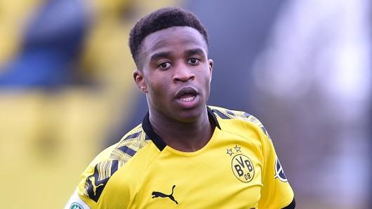 Borussia Dortmunds Juwel Youssoufa Moukoko arbeitet sich Richtung Bundesliga-Debüt.