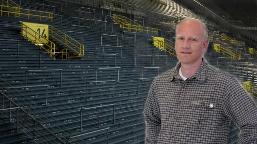 Der Essener Virologe Ulf Dittmer erklärt, warum das Derby vor leeren Rängen stattfinden MUSS.