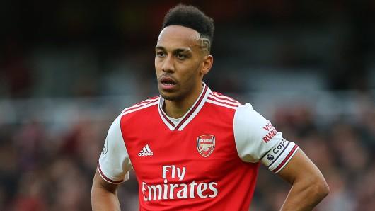 Wie einst bei Borussia Dortmund beherrscht Pierre-Emerick Aubameyang auch bei Arsenal wieder die Schlagzeilen.