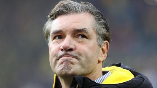 Michael Zorc, Sportdirektor von Borussia Dortmund, lobt die Protagonisten des erfolgreichen Bundesliga-Restarts, teilt aber auch aus.