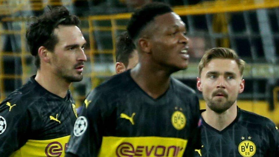 Bei Borussia Dortmund musste Marcel Schmelzer (r.) am Knie operiert werden.