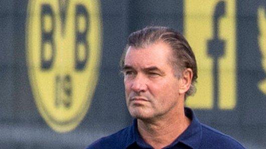 BVB-Sportdirektor Michael Zorc behält die Corona-Lage vor den anstehenden Länderspielpausen ganz genau im Blick.