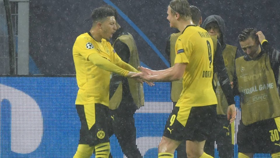 Borussia Dortmund: Jadon Sancho und Erling Haaland jubeln gemeinsam.
