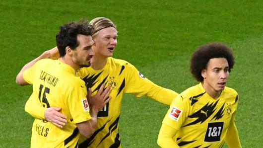 Erling Haaland bejubelt einen seiner Treffer bei Borussia Dortmund gegen Hertha BSC.